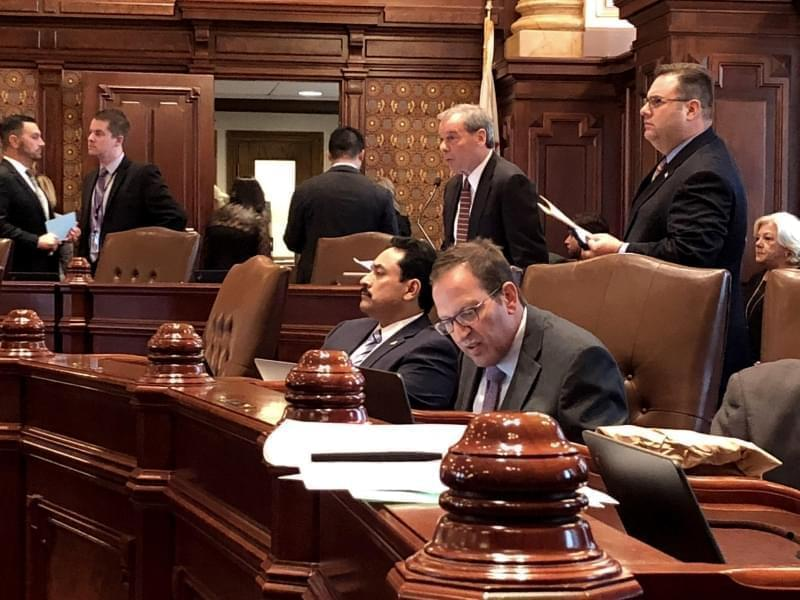 John Cullerton and Ira Silverstein on the Senate floor.