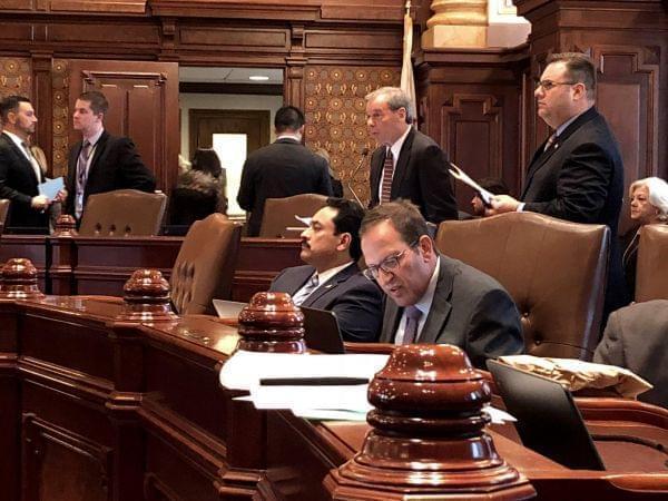 John Cullerton and Ira Silverstein on the Senate floor.