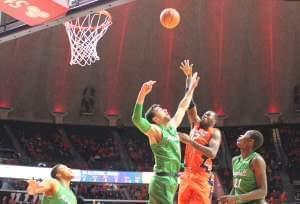 Leron Black connects for two of his 17 points against Marshall in a 91-74 win for Illinois.