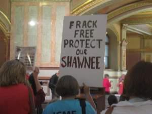 Opponents to fracking protest at the Illinois Statehouse in 2013.
