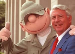 Cartoonish Mort Walker, creator of 'Beetle Bailey'