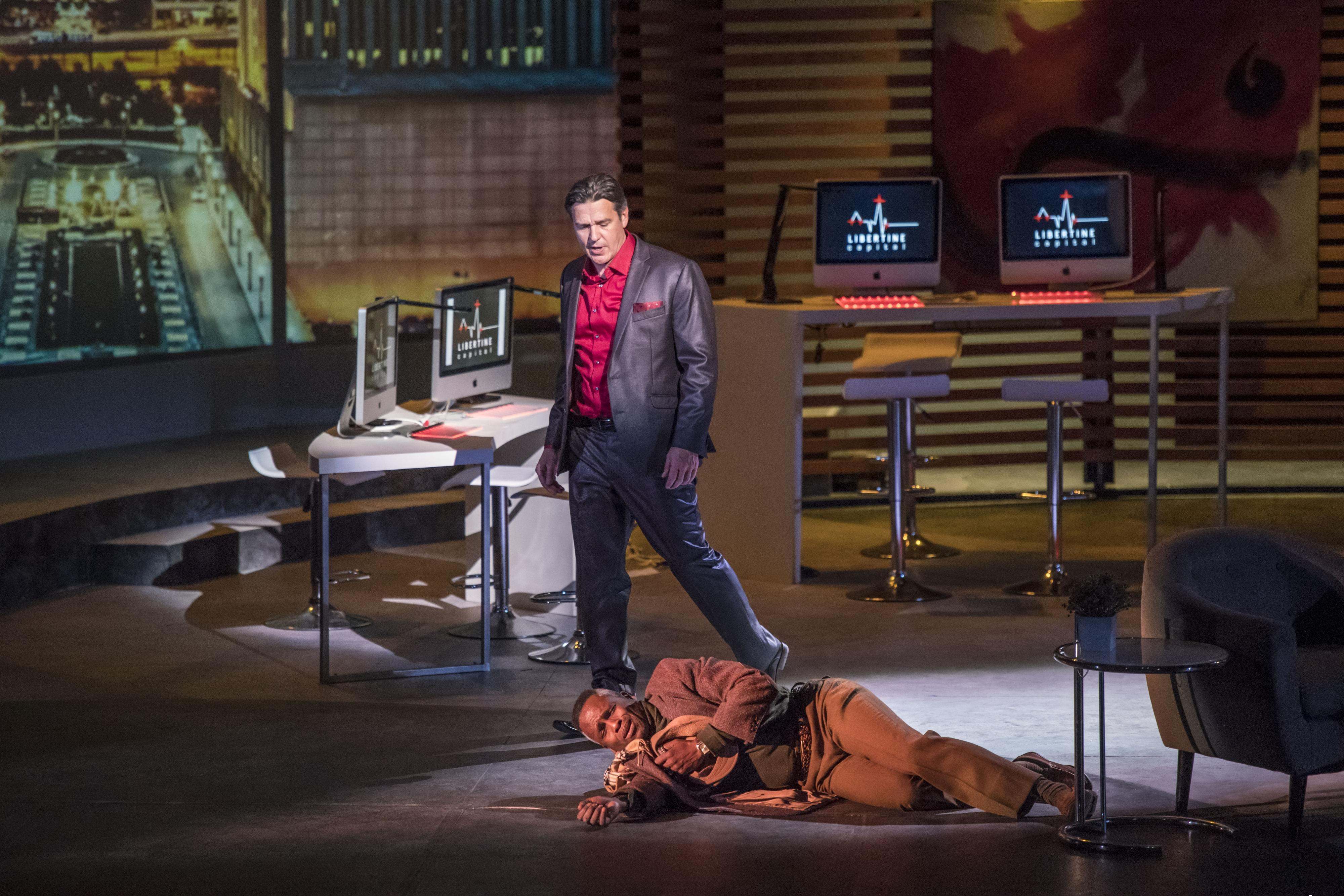 Don Giovanni (Nathan Gunn) stands over Commendatore (Philip Phillips) in Lyric Theatre @ Illinois' production of 'Don Giovanni'