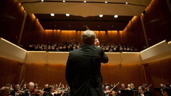 """Ian Hobson conducts Sinfonia Da Camera in a 2012 performance of """"Elijah"""" at Krannert Center for the Performing Arts."""
