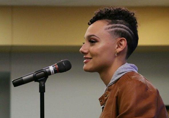 Mariah Coleman speaking at Parkland College