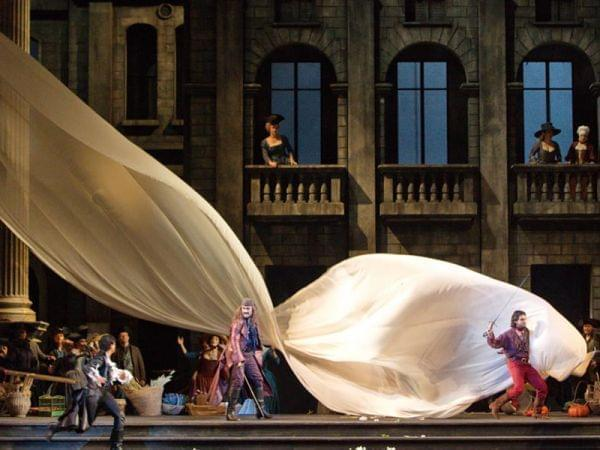 The Metropolitan Opera performs the world's consummate love story.