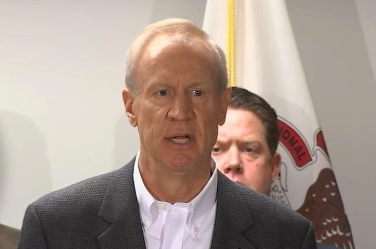 Gov. Rauner addresses the media on his amendatory veto proposals at an event at an Illinois State Police forensic laboratory in Chicago on May 14.