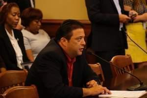 State Rep. Bob Rita (D-Blue Island) testifies on a gambling expansion measure at a House committee hearing on May 28.