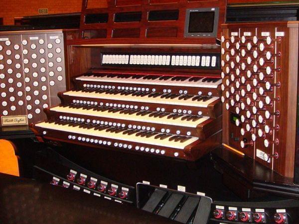Rodgers Console for the BYU-Idaho Ruffatti Organ