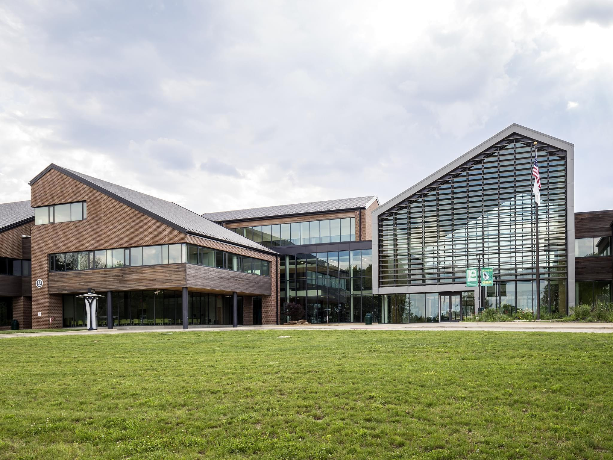 The main entrance of Parkland College in Champaign.