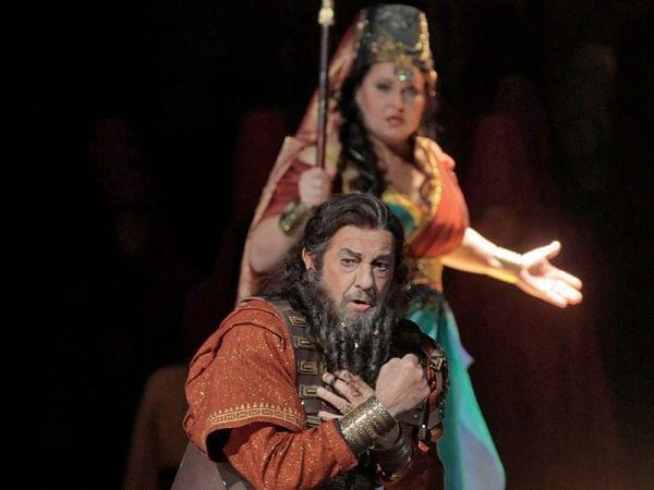 Man and woman performing Nabucco on stage