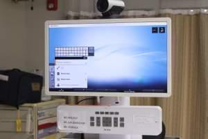 This console lets the ER communicate with specialists, no matter where they are.