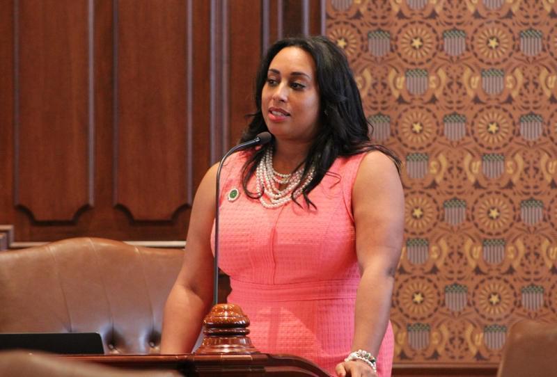 State Sen. Toi Hutchinson, D-Olympia Fields, on the floor of the Illinois Senate in 2017.