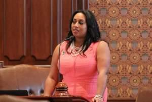 State Sen. Toi Hutchinson, D-Olympia Fields, on the floor of the Illinois Senate in 2017.