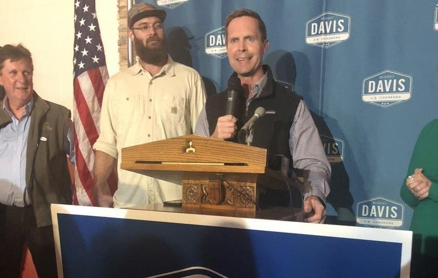 Rodney Davis (R-Taylorville) addresses supporters after a narrow win for re-election.