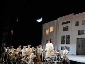 The San Francisco Opera performs Barber of Seville.
