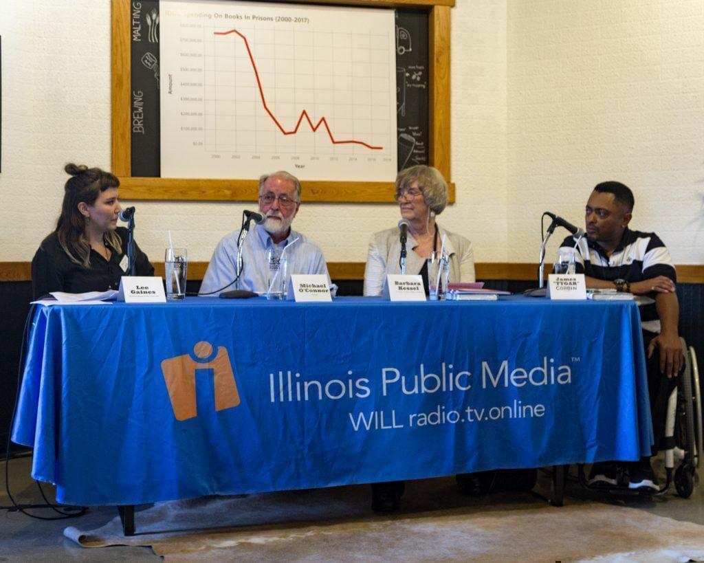 Illinois Newsroom hosted a News & Brews event to discuss the lack of spending on books in Illinois prisons with volunteers and formerly incarcerated people on July 24, 2018.