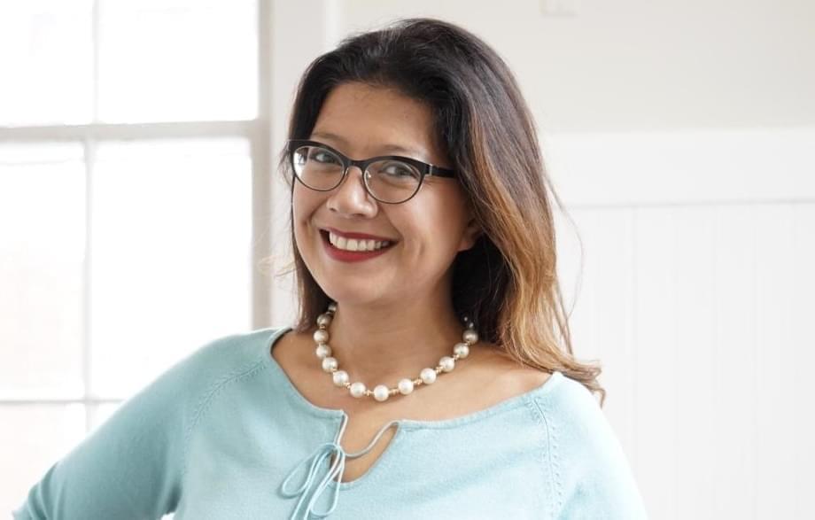 Portrait photo of Karina Villa.