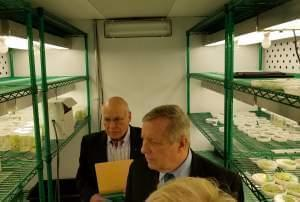 Sen. Dick Durbin tours the RIPE crop science research lab at the University of Illinois.