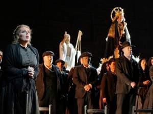 people perform opera on stage
