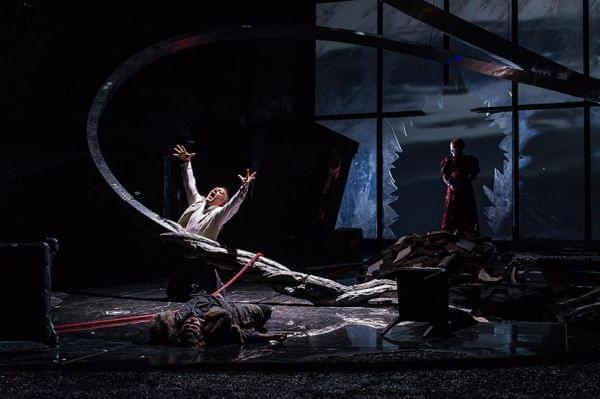 Royal Opera House performs Siegfried on stage