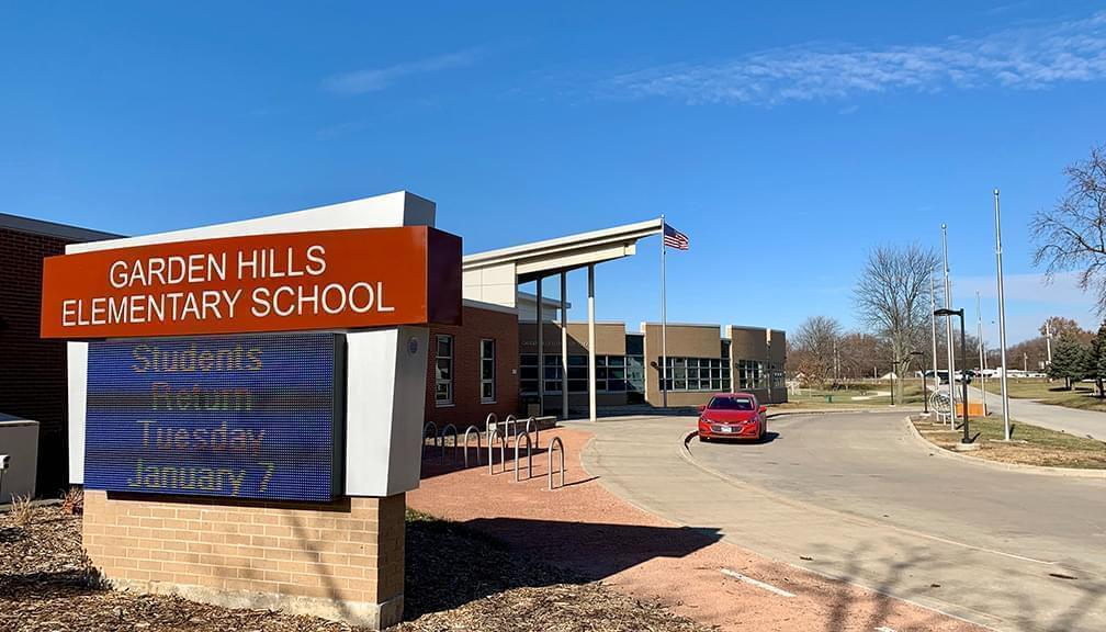 Garden Hills Elementary School in Champaign pictured from the front entrance side