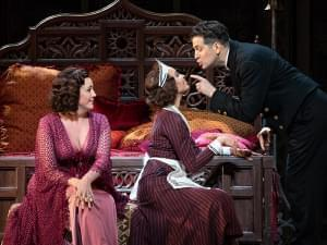 The Met Ensemble performing Mozart'sThe Marriage of Figaro on stage.