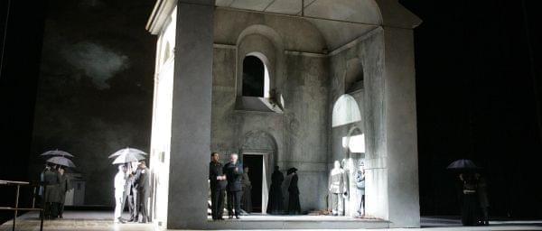 The Met Ensemble performs Janacek'sKatya Kabanova on stage.