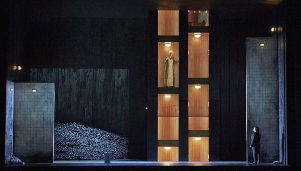 The Vienna State Opera performing R. Strauss's Elektra.