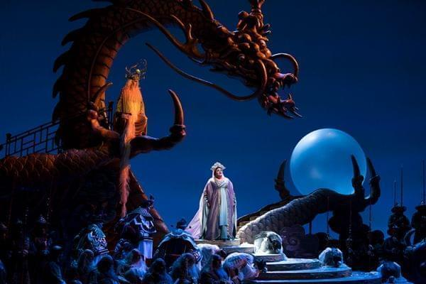 The Lyric Opera of Chicago perform Puccini's Turandot.