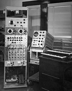 The Harmonic Tone Generator sits in an instrument rack with its keyboard to the right. This picture was taken in 1964.